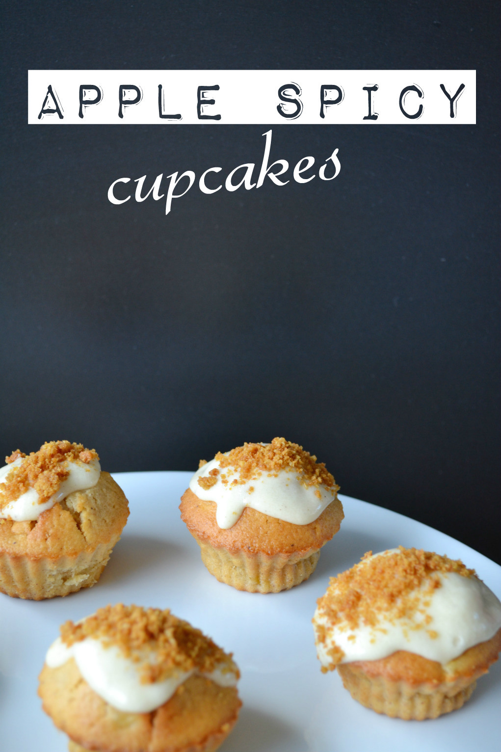 apple spicy cupcakes letters DSC_0040